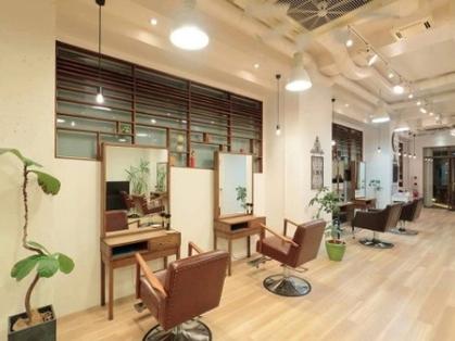Prive hair design 【プリヴェ ヘアー デザイン】(神戸・元町・三宮・灘区/美容室)の写真