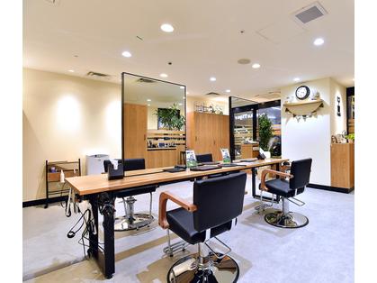 FaSS 横浜ビブレ店(横浜/美容室)の写真