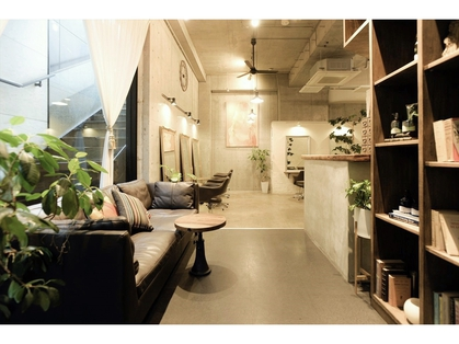 studio Teo 【スタジオテオ】(原宿・表参道・青山/美容室)の写真