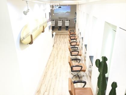 Bar 【ベーア】(原宿・表参道・青山/美容室)の写真