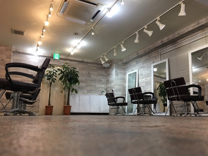 FOX 矢場町店 【フォックス ヤバチョウテン】(名古屋/美容室)の写真