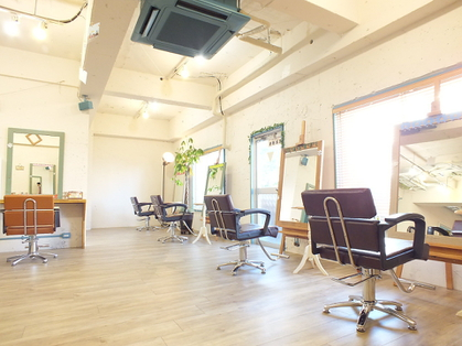 LUACE 【ルアーチェ】川口(さいたま・川口/美容室)の写真