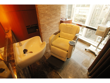 R de Beaute 理容室【アールドボーテリヨウシツ】 (銀座・東京丸の内/美容室)の写真